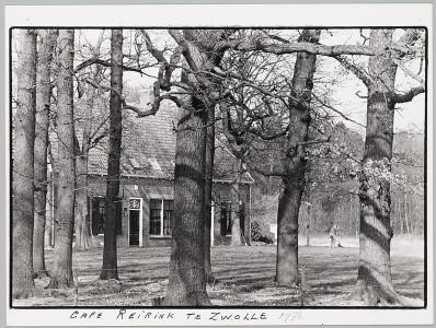 Woonhuis-met-bomen